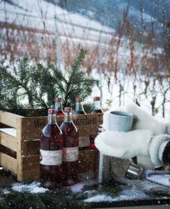 Winter-Weihnachtszeit auf dem Weingut